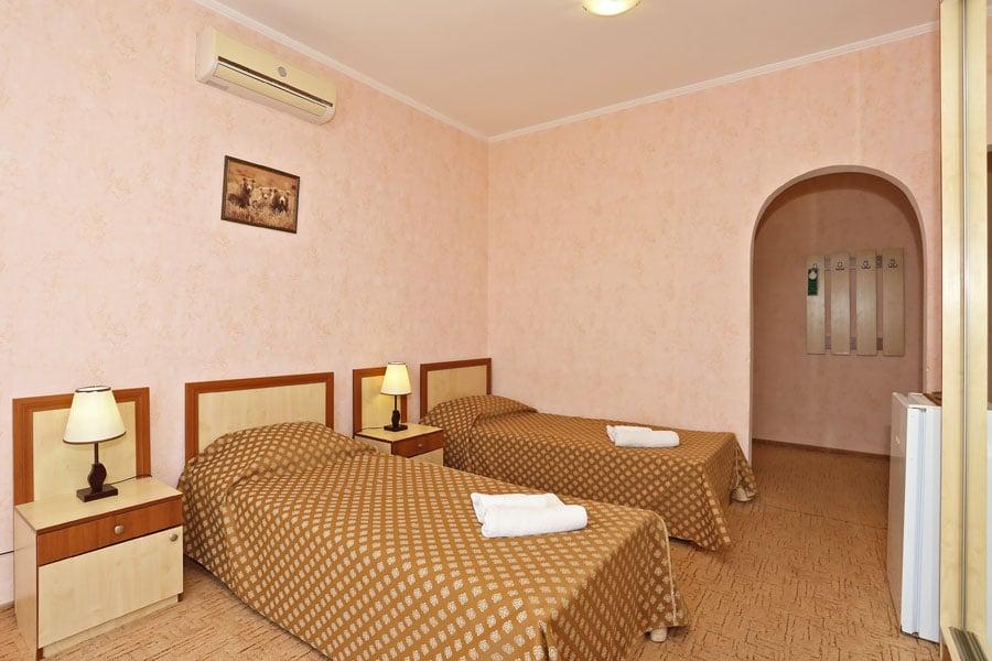 standard-2-beds_2.jpg